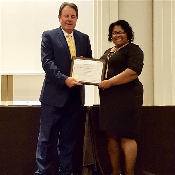 Ms. Mary Ruffin receives the 2018 North Carolina Outstanding Biology Teacher Award